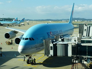 airplane-163926_640