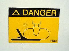 危険 イメージ