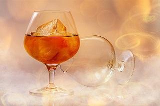brandy-585796_640.jpg