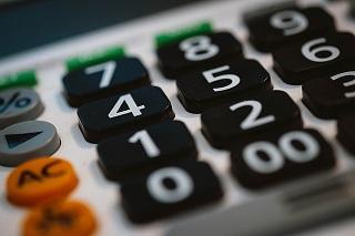calculator-820330_640.jpg
