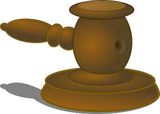 court-149843_640_20160702130937a32.png