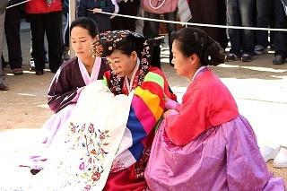 korean-traditional-wedding-857928_640.jpg