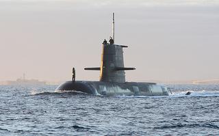 軍事 潜水艦