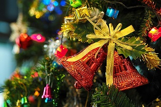 the-christmas-tree-1081321_640.jpg